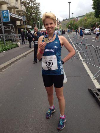 Julia Roth Gesamt-Vierte beim Würzburg Marathon 2014