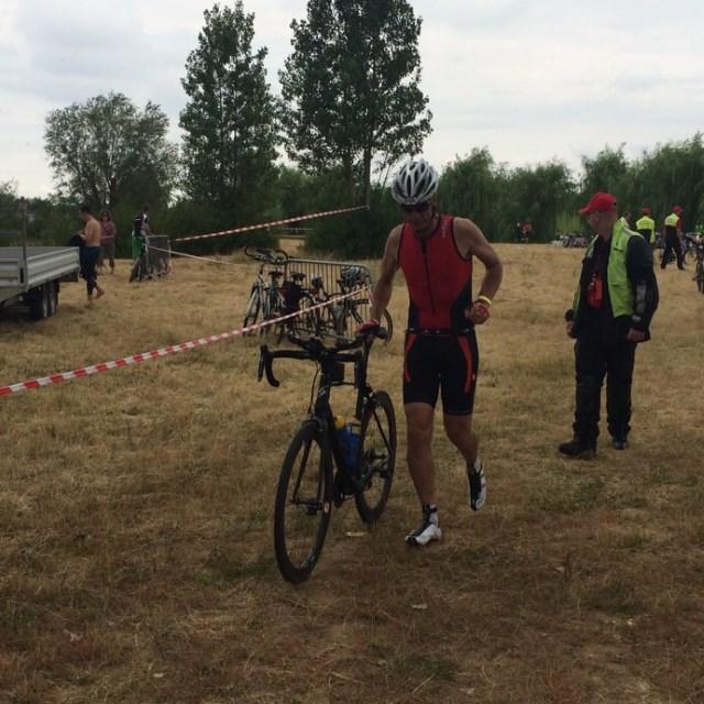 Moret-Triathlon 2015 - TVS Radwechsel Kurt Nerl