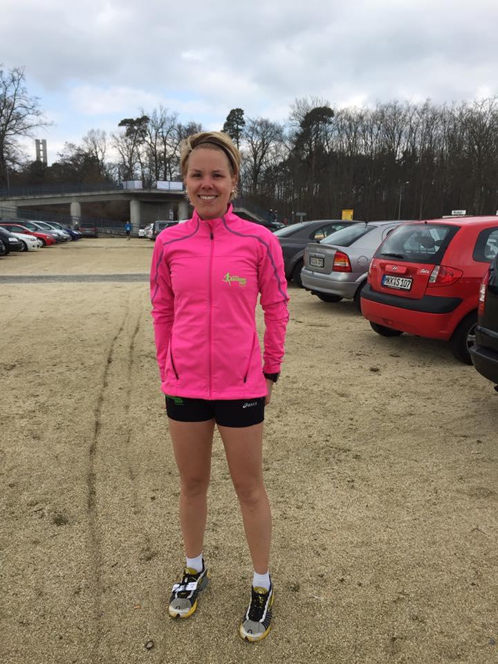 Julia Roth beim Halbmarathon Frankfurt 2016