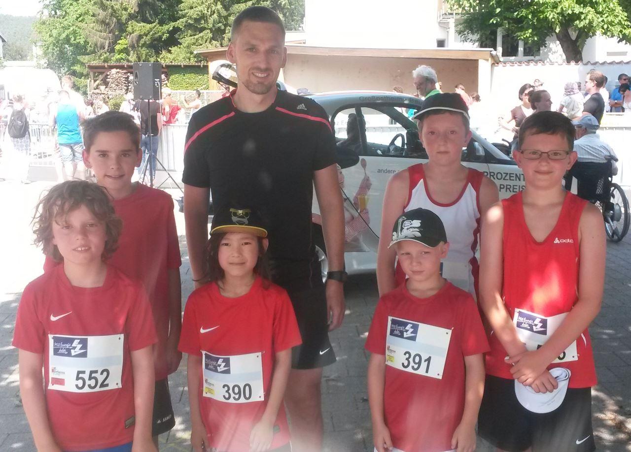 Schweinheimer Leichtathleten beim Barbarossalauf in Erlenbach 2015