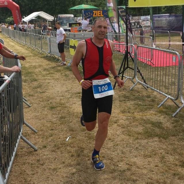 Moret-Triathlon 2015 - TVS Zieleinlauf Markus