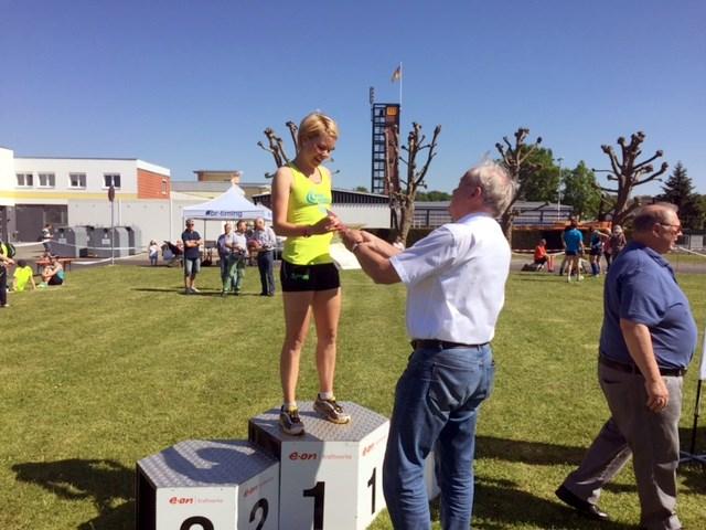 Julia Roth (TV Schweinheim) - Gesamtsiegerin beim Limeslauf 2016