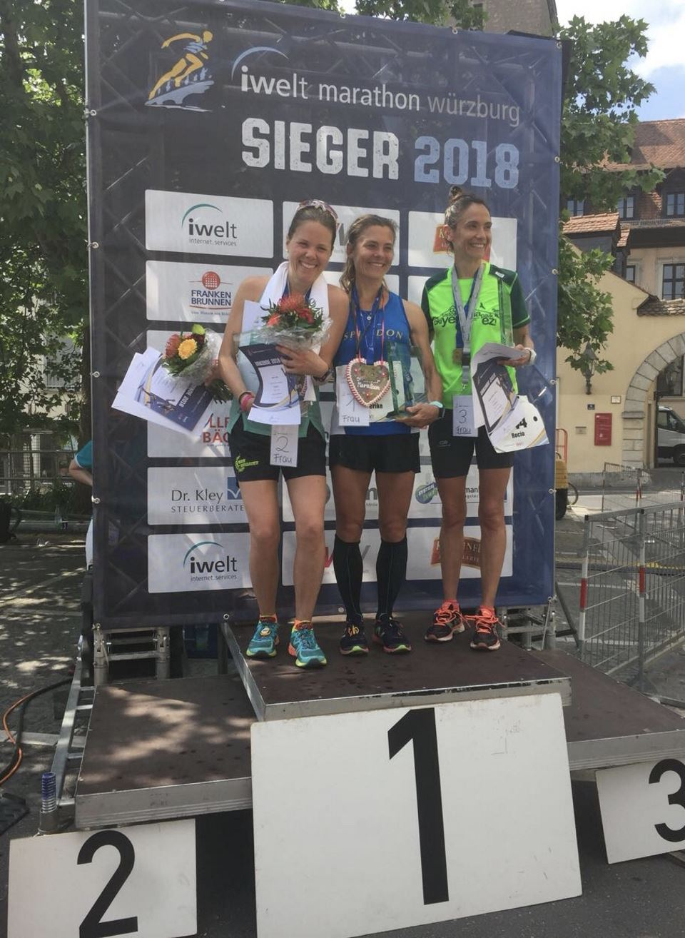 Rulia Roth vom TV Schweinheim zweite Frau beim Würzburg-Marathon 2018