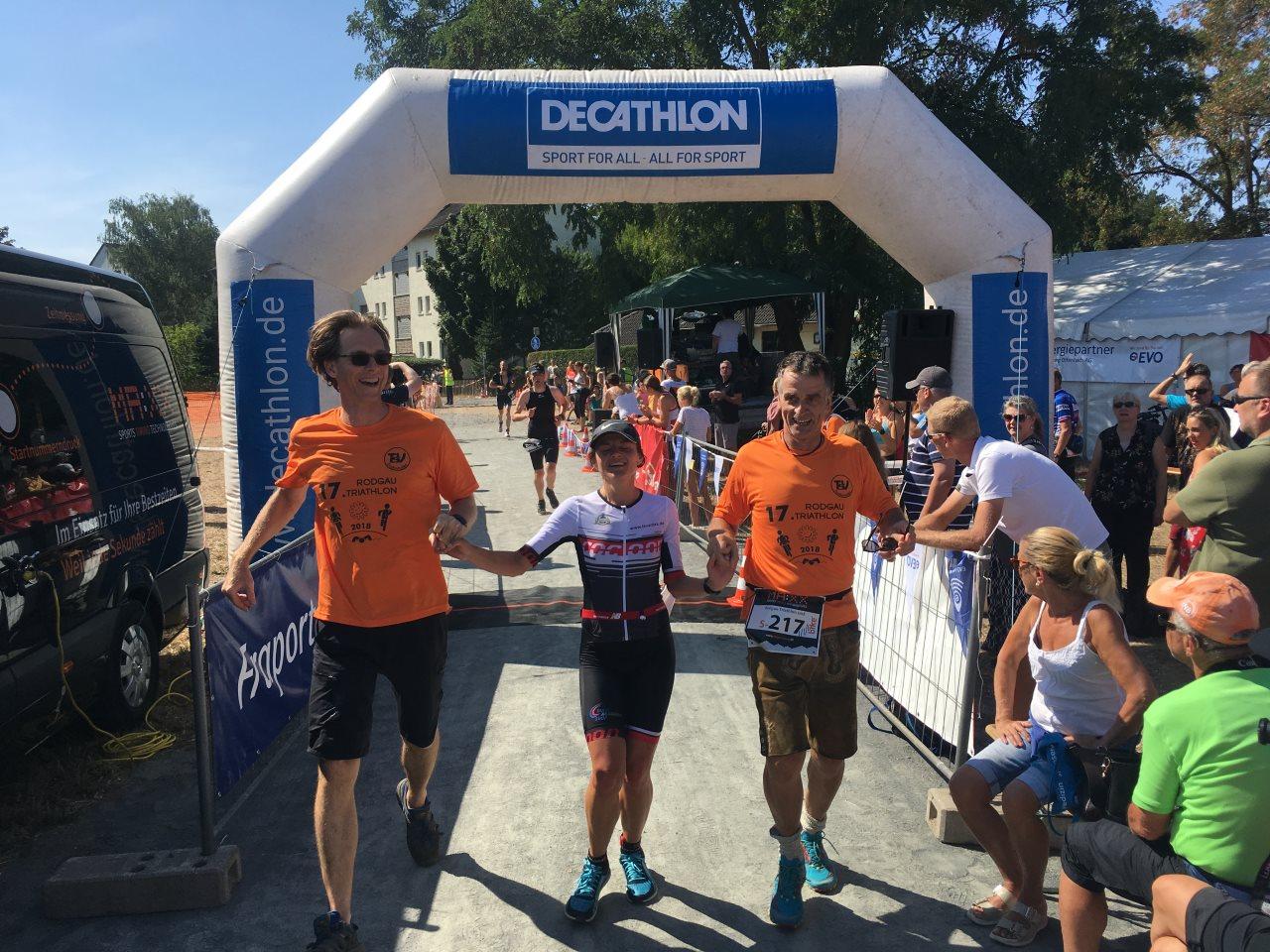 TV Schweinheim Triathlon - Zieleinlauf Rodgau-Triathlon 2018