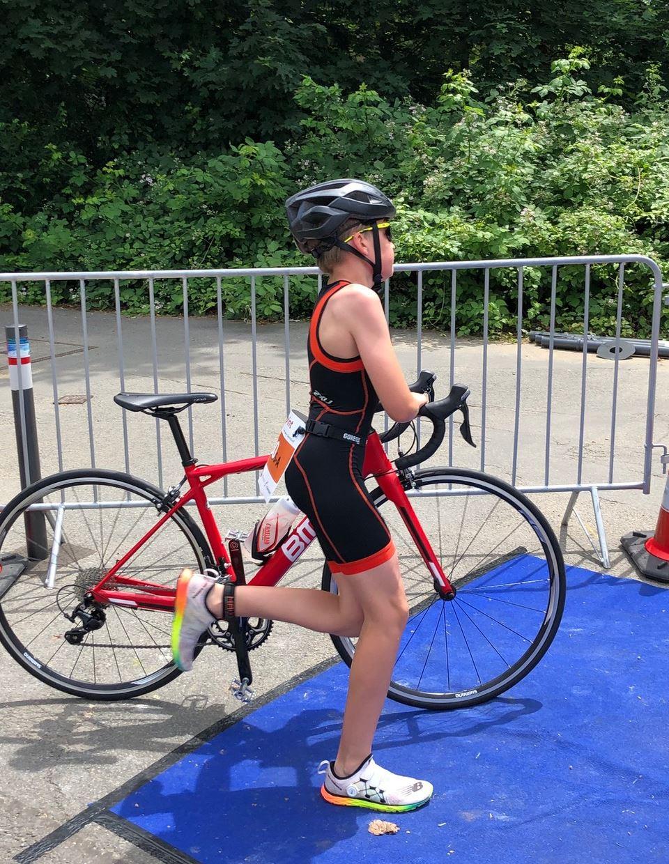 TV Schweinheim Ausdauersport - Tobias Barz beim Woogsprint-Triathlon in Darmstadt