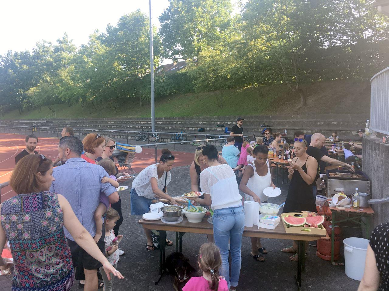 TV Schweinheim Familiengrillen Fußballjugend