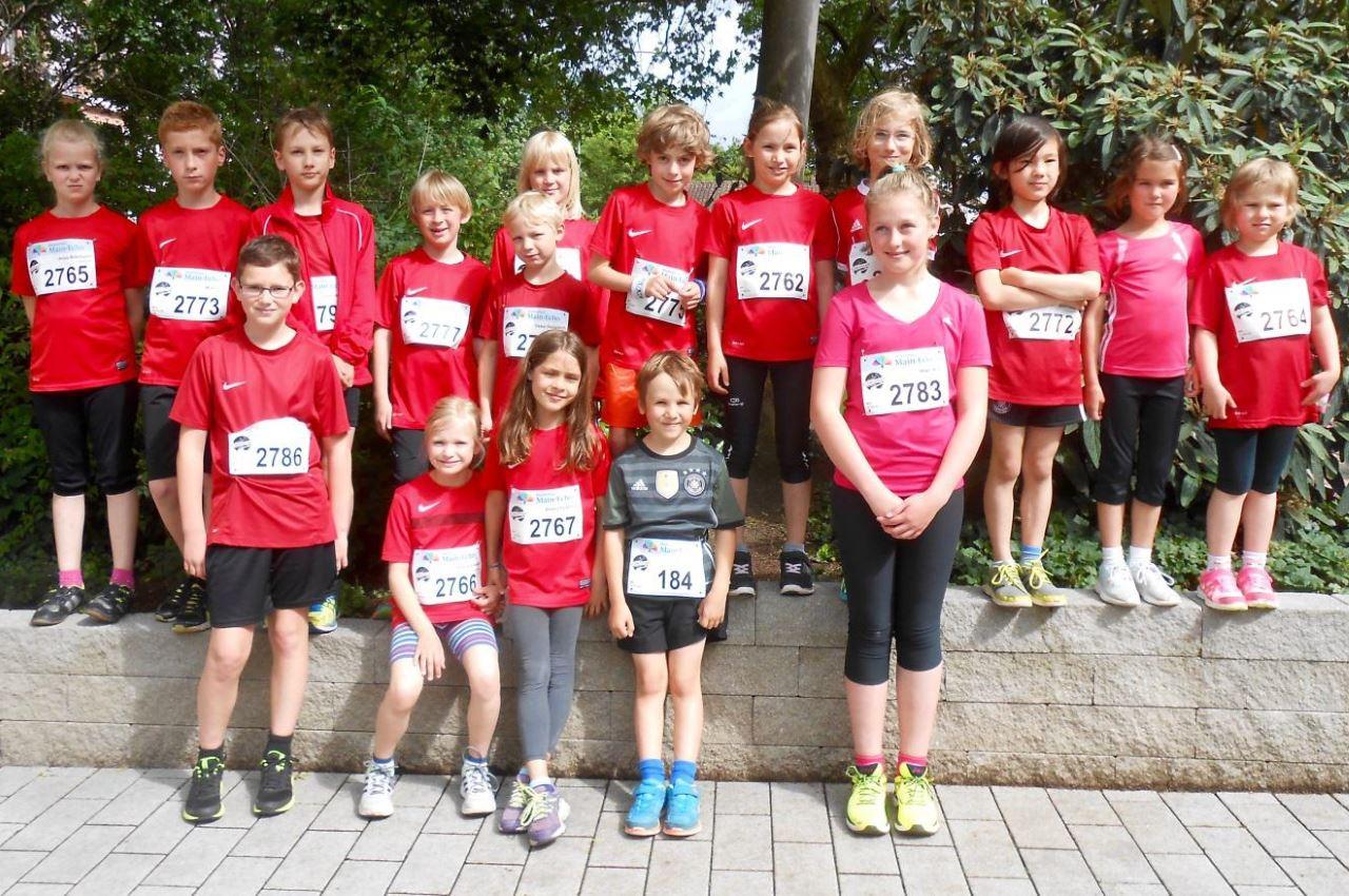 TV Schweinheim - Gruppenfoto vor HVB-Schülerläufen 2016