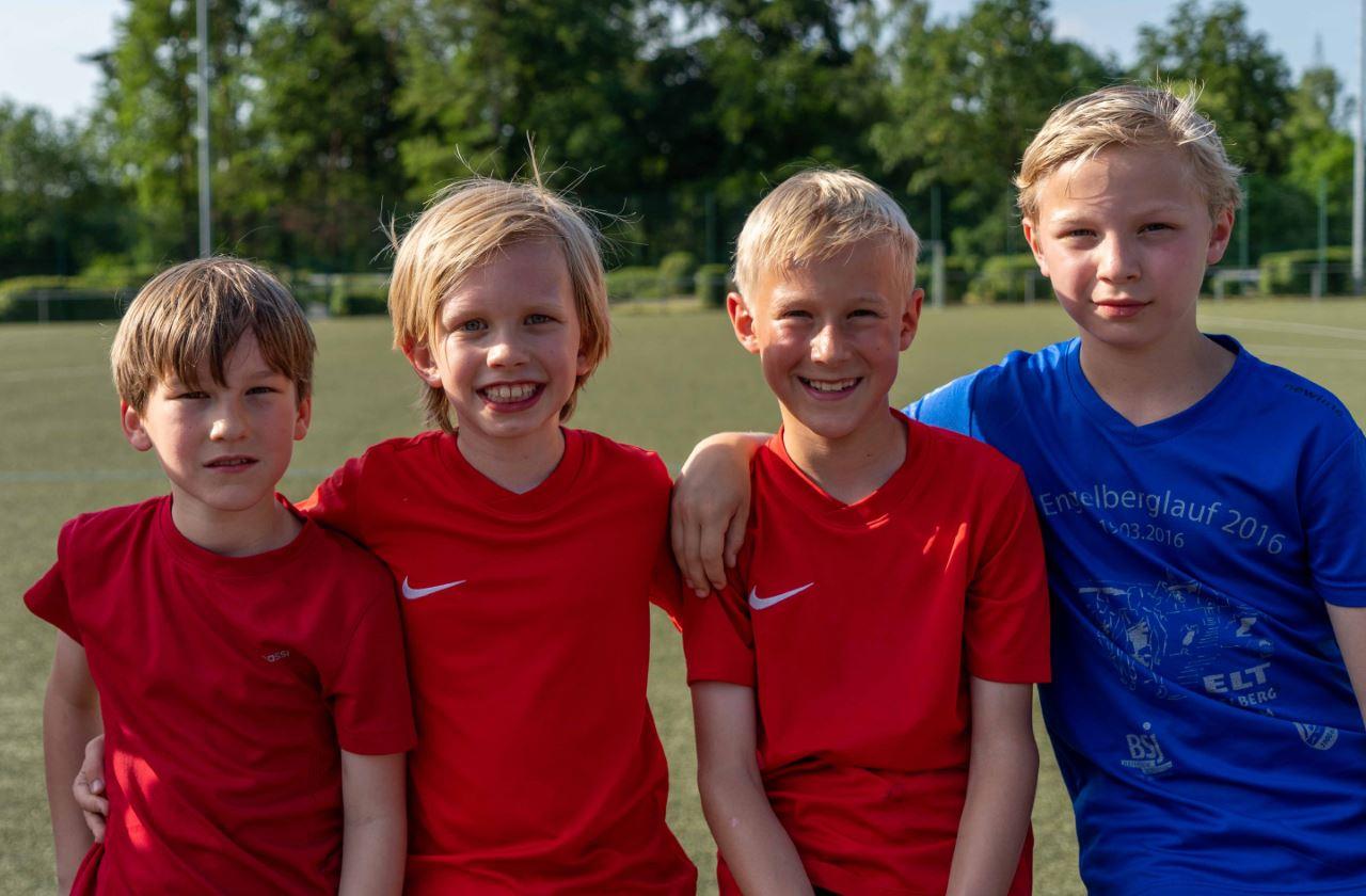 TV Schweinheim Leichtathletik bei den Kreisstaffelmeisterschaften in Stockstadt am 04.06.2019